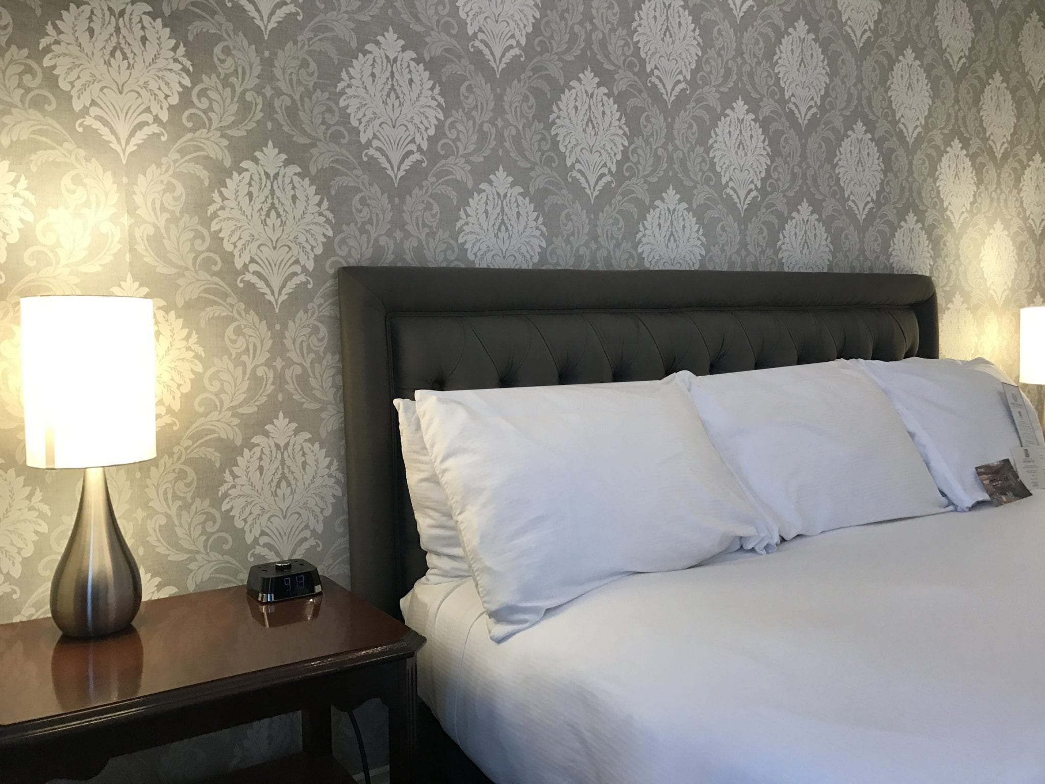 guest room at the Hawthorne